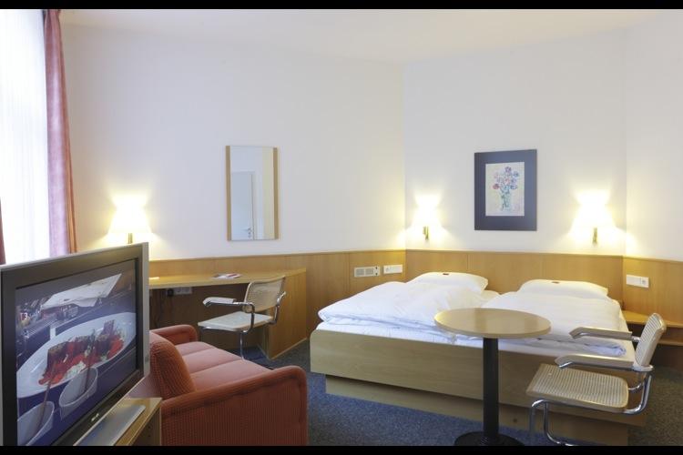 famili re atmosph re im gr ten privat gef hrten hotel. Black Bedroom Furniture Sets. Home Design Ideas