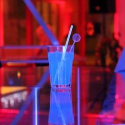 Im Berliner Hof wartete der Begrüßungscocktail »Blue Lagoon« auf die Gäste …