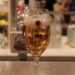 Neben den ganzen Cocktails durfte es zwischendurch auch mal ein frisch gezapftes Bier sein …
