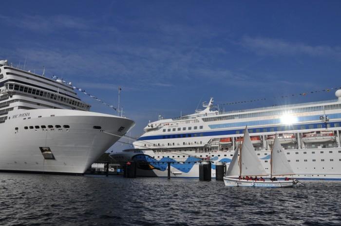 Kreuzfahrtschiffe im Kieler Hafen